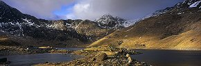 light on the rocks, mount snowdon