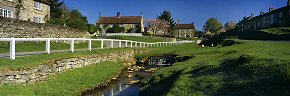 spring morning at hutton le hole - ym0228