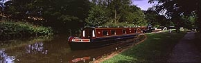 narrow boat, marple locks